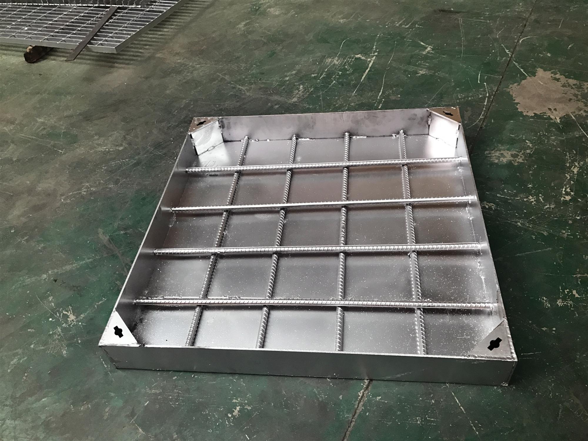 热镀锌隐形井盖产品详情